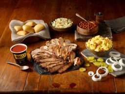 Dickey's Barbecue Pit Coming Soon to Kapolei